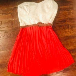 Women's Large Strapless Dress
